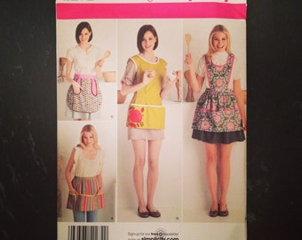 Simplicity 2272 Misses' Apron Patterns - factory condition