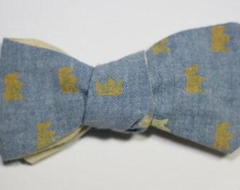 Crown Print Self-Tie Bow Tie