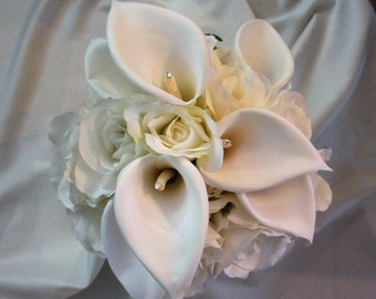 Calla Lily and Rose Bridal bouquet w matching Boutonniere