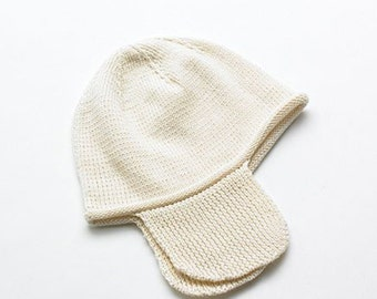 Baby hat hand knitted. Pure Peruvian Organic Cotton. Colour natural