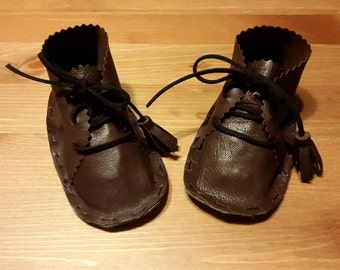 Baby soft leather booties