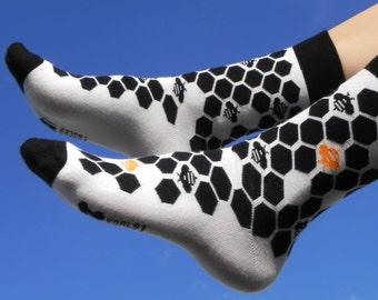LET IT BEE unique geometric socks I cool gift for men and women I mens socks funny I wedding  groom socks I socken I chaussettes  calcetines