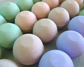 Sandalwood Vanilla Bath Bomb - set of six