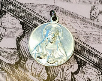 PRETTY SCAPULAR MEDAL Vintage Religious Sacred Heart Virgo Carmeli