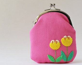 Card case / coin purse - yellow tulips on pink, embroidery, kiss lock coin purse, business card holder, retro flower, spring, change purse
