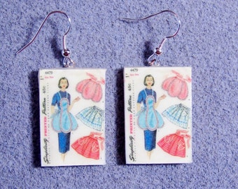 Retro Kitsch Sewing Pattern 1950s Apron Dangle Polymer Clay Earrings 4479