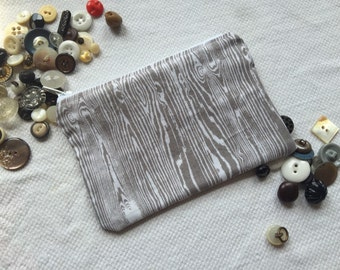 Faux bois zippered pouch