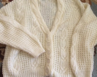 1980's Heidi cable knit cardigan sweater large