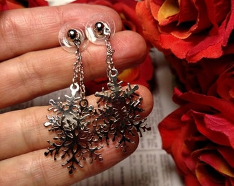 Long Vintage Snowflake Signed Avon Signed Chain Chandelier Earrings Silver Pierced