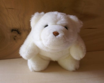 Vintage White Gund Bear, Small Snuffles 5031