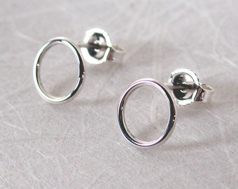 8.5mm Small Sterling Silver Circle Stud Earrings Open Circle Earrings by Susan SARANTOS