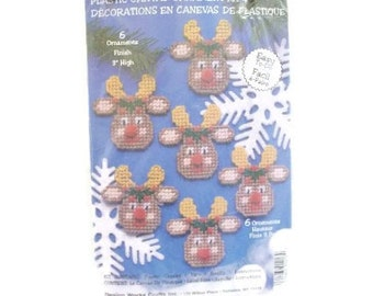Plastic Canvas Reindeer Ornament Stitchery Kit | NIP Unopened Craft Kit