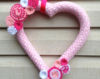 Heart Wreath - Valentines Wreath - Valentine's Day Wreath - V-day Wreath - Valentines Day Felt Wreath - Heart Felt Wreath -Pink Heart Wreath
