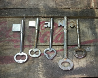 Skeleton Key Lot of 5 Keys
