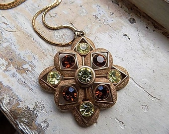 FREE SHIPPING Vintage Sarah Coventry Starburst Pendant Chain Necklace