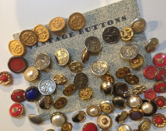 VIntage Wonders Buttons