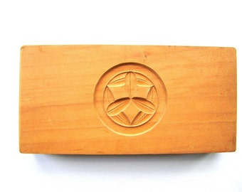 Vintage Kashigata - Japanese Cake Mold - Wood Mold - Wood Cake Mold - Vintage Mold - Kamon - Family Crest - bamboo leaf - caltrap