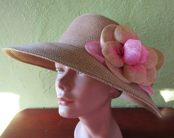 Packable Eric Javits Natural Straw Wide Brim Hat Sun Derby Church Pink Flower