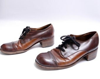 Size 11// Vintage Mens Cap Toe Two Tone Oxfords  Florsheim Shoes // Brown Leather Lace up Men's Shoes// 111