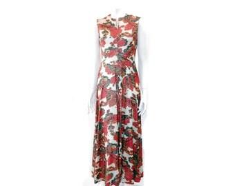 Vintage 70s Metallic Dress // Holiday Evening Stretch Fabric Dress// Red Oriental Dress Silver Threads Dress// Sleeveless Dress // 122