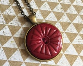 Burgundy Button Pendant N...