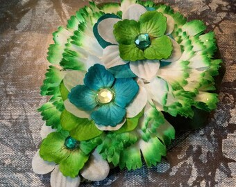 GREEN GROWS my GARDEN - Bright Green and White Floral Hair Fascinator