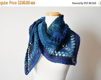 Sale handspun handknit triangle scarf - lace scarf, women's fall fashion, lace triangle, geometric, boho, hippie, blue and purple scarf, win