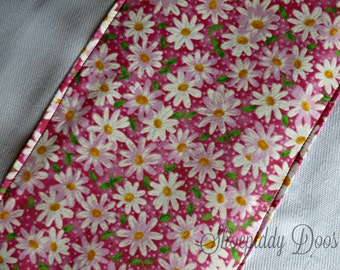 Pink Daisy Burp Cloth