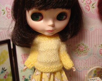 Blythe Yellow Mohair Sweater for Pullip and Vintage Skipper Too