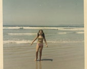 Vintage photo lot of 30 color kodachrome photos beach, places, gardens babies and more