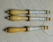 3 antique french bobbin lace  in boxwood - Antique boxwood bobbin lace -