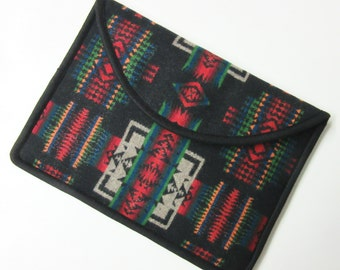 "13"" MacBook AIR or Macbook Pro RETINA Laptop Cover Sleeve Case Native American Print Wool"