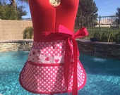 Sassy Vendor Apron with 6 pockets, great for gifts, gardening, teachers, Farmers Market, Ready to Ship
