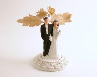 Vintage Wedding Cake Topper Bride Groom Wedding Decoration