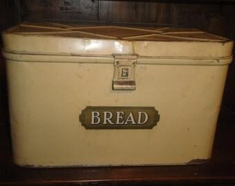 Large Vintage Tin Bread Box | Old Bread Box | Primitive Tin Bread Box | Antique Bread Box