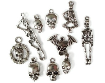 10 Skull Skeleton Theme Charms