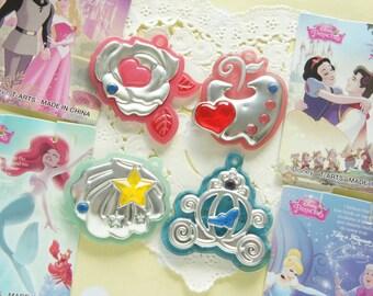 1 pcs Disney Princess Romantic Pendant Charm ((Choose # from 5th pic)) AZ188