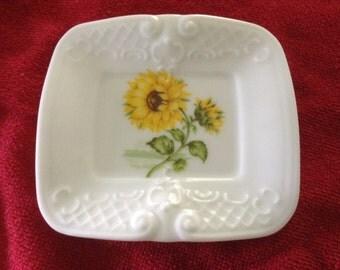 Bent Sunflower Rectangular Teabag Porcelain Caddy   4 5/16 x 3 7/8