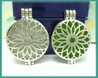 2 Round Silver Flower Lockets with scent pads 44mm PS199