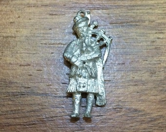 Vintage Scottish Bagpiper Charm Pendant Pewter - Silver Tone - Brand New NOS