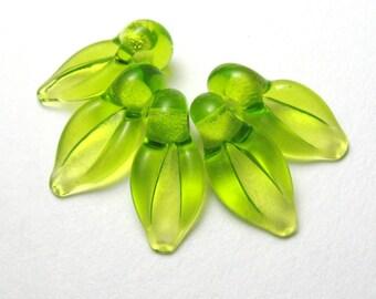 PERIDOT GREEN LEAVES, Lampwork Glass Beads, handmade artisan lampwork glass lime leaf beads sra