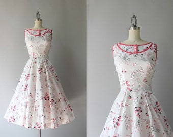 1950s Dress / Vintage 50s Novelty Print Dress / Fifties Modernist Calderesque White Cotton Sundress