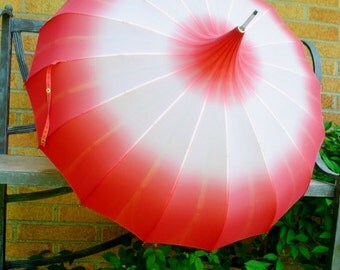 Glamour vintage 40s corral -salmon , silky fabric , pagoda style parasol-umbrella.Evans Sweson.