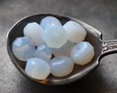 MOONS GLOW No. 2 .. 10 Premium Czech Glass Rondelle Beads 5x7mm (4976-10)