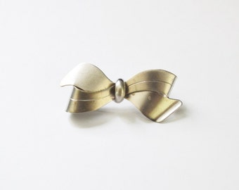 Silver Pin Bow Brooch 835 silver Handarbeit Brooch Bow shaped pin Fine Jewelry Estate Jewelry Vintage Jewelry
