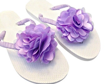 Bridesmaid Flip Flops - Bridal Flip Flops - Lavender Wedding - Purple Wedding - Orchid Wedding - Beach Wedding - Wedding Sandals