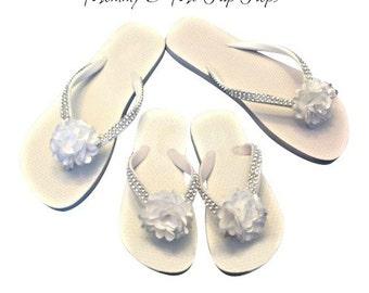 Mommy & Me Flip Flops - Mother Daughter Flip Flops - Bridal Flip Flops - Beach Wedding - Beach Bride - Bridal Sandals