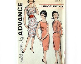 1960s Sheath Dress and Jacket Ensemble Pattern / Advance 9762 / Mad men Era / Size 7 Junior Petite / UNCUT FF