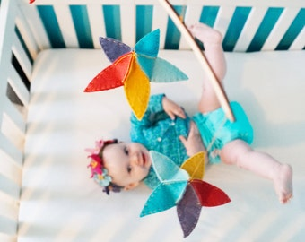 Felt Abstract Mobile - Baby Mobile - Wooden Mobile - Nursery Mobile