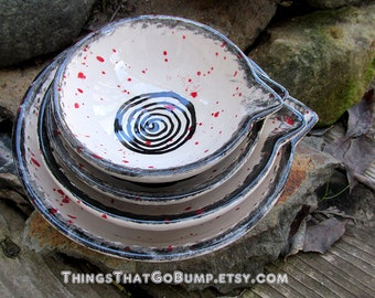 Blood splatter spiral measuring cup set nesting bowls red black white made to order cooking chef gift horror fan anniversary home wedding